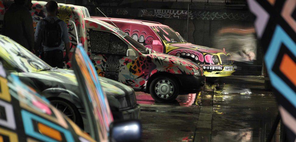 banger-art-eine-cars-in-row